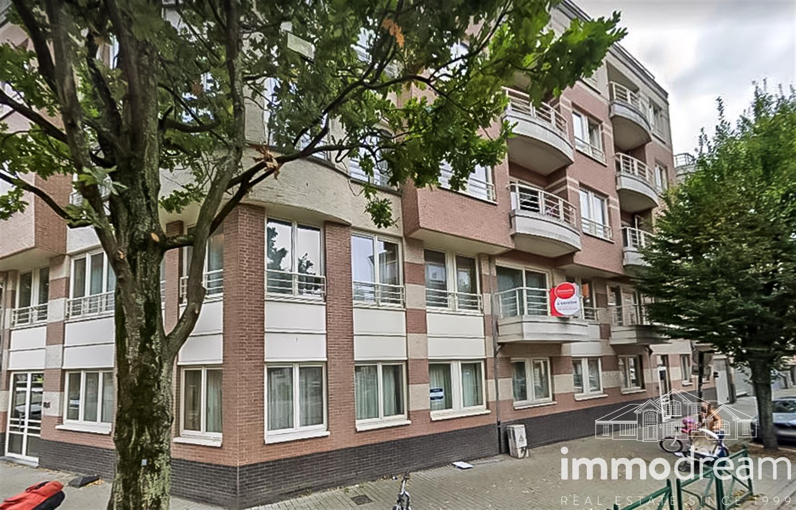 Appartement - Etterbeek - #4098660-0